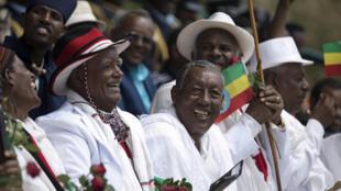 Des Oromos expriment leur joie lors d'un rassemblement organisé par le nouveau Premier ministre éthiopien à Ambo, le 11 avril 2018.