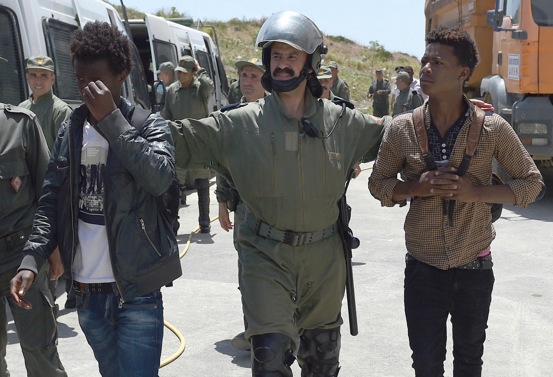 Le 2 juillet, après un ultimatum de 24 heures adressé par le ministère de l'Intérieur, les forces de police ont ivesti le quartier de Boukhalef, à Tanger, pour une vaste opération d'expulsion de migrants subsahariens.