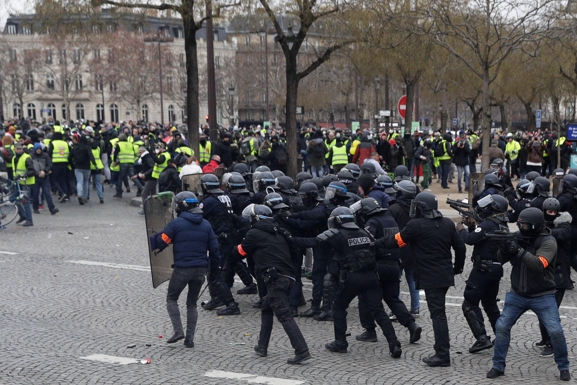 Clashes between Yellow Vest protesters and police near Paris's Champs-Elysées avenue, 12 January, 2019