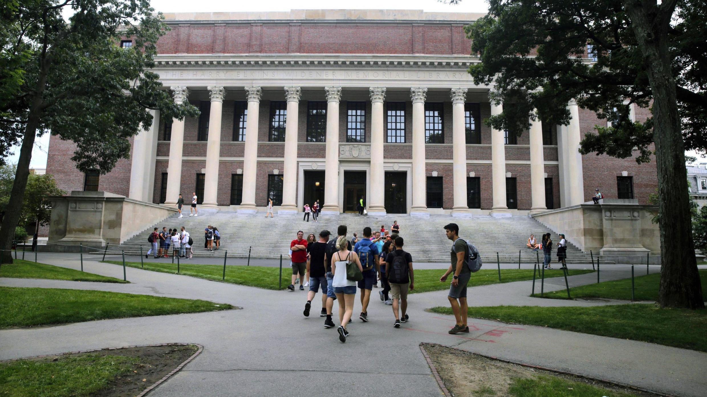 Đại học Harvard, Cambridge, bang Massachusetts, Hoa Kỳ.