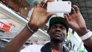 Max Kouguere espère redonner le sourire à son pays grâce aux performance de l'équipe de Centrafrique de basket.