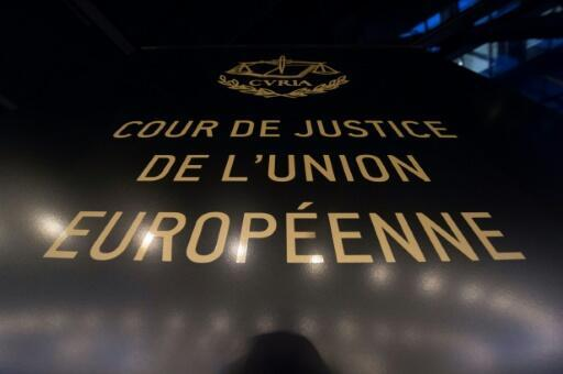 The advocate general to the European Court of Justice in Luxembourg says that Britain's June 2016 Brexit vote has no bearing on extradition warrants so long as it remains a part of the EU