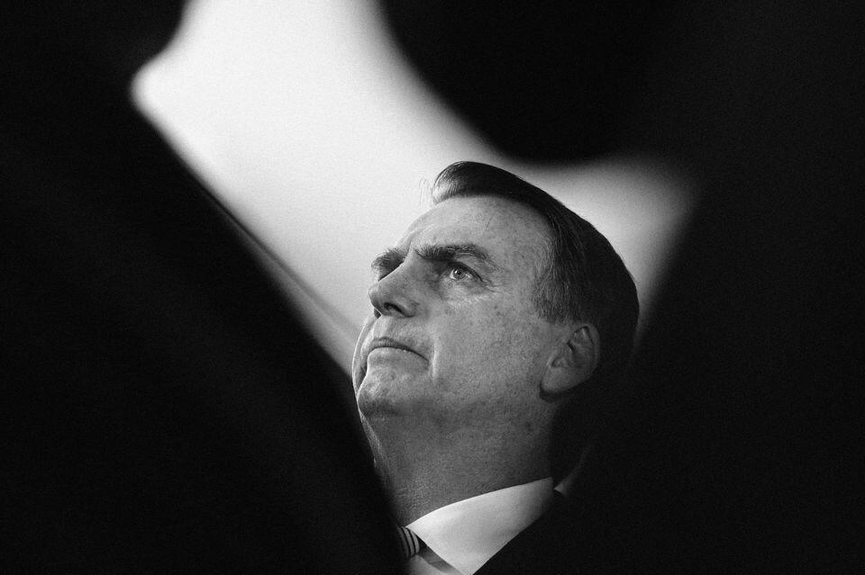 Jair Bolsonaro نخست وزیر برزیل از آغاز سال ٢٠١٩، به عنوان یکی از نمادهای پوپولیسم یا عوامگرایی شهرت یافته است.