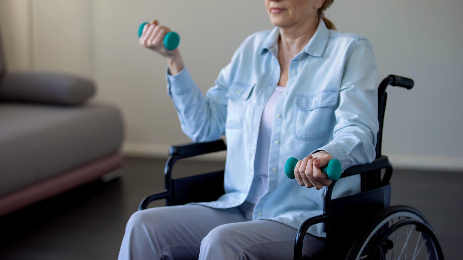 Priorité Santé vous propose un reportage exceptionnel, en 3 volets, auprès des patients para et tétraplégiques de l'hôpital Raymond Poincaré de Garches, en banlieue parisienne.