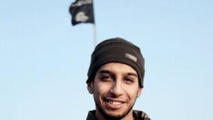 """Abdelhamid Abaaoud, conhecido como Abou Omar """"o belga"""",  apontado como o mentor dos ataques em Paris."""