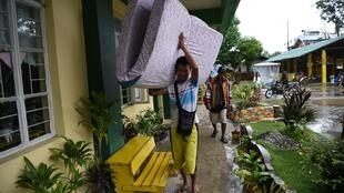 Le typhon Mangkhut s'approchant de la ville de Tuguegarao, le 14 septembre 2018.