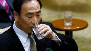 Yasunori Kagoike, hiệu trưởng trường tư thục Moritomo Gakuen điều trần trước Quốc Hội ngày 23/03/2017.