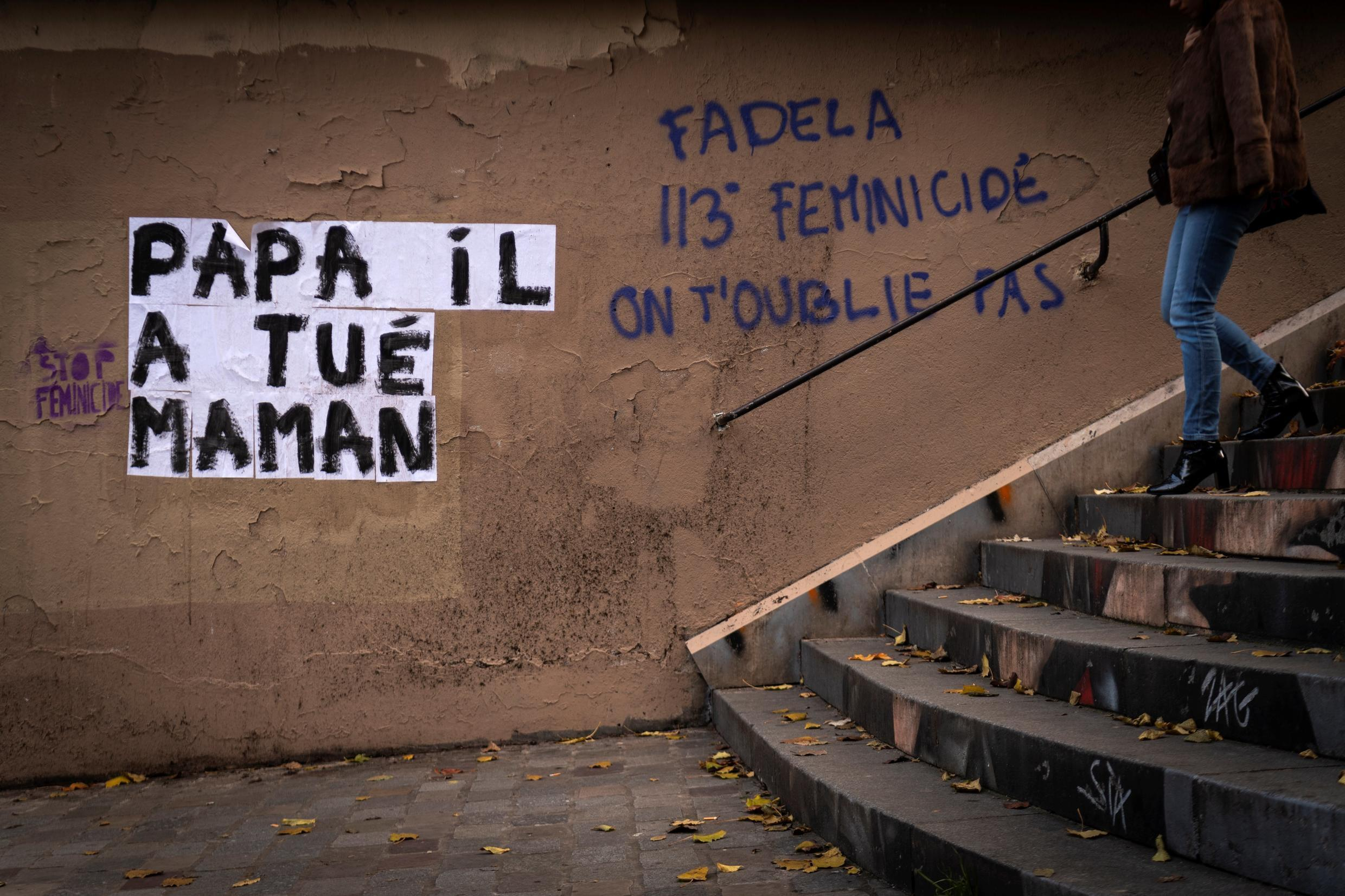"""""""Dad killed my mom,"""" part of a Paris graffiti campaign to highlight domestic violence"""