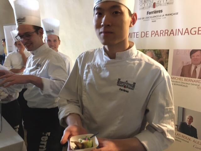 在廚師學校L'Ecole Ferrières就讀的中國學生沈廷奎的專訪