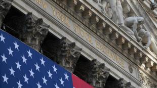 El New York Stock Exchange (NYSE) en Wall Street, el 16 de noviembre de 2020