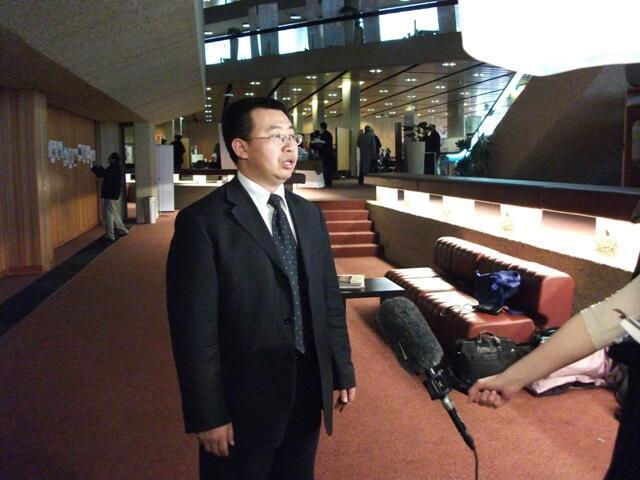 Jiang Tianyong, avocat et militant chinois des droits de l'homme, à l'occasion du 4e congrès contre la peine de mort à Paris, en 2010.