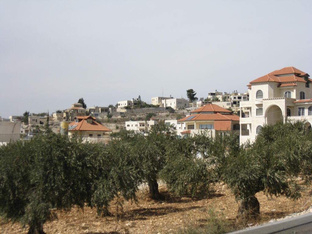 Le village palestinien de Taybeh (Cisjordanie) : 1300 habitants, tous chrétiens.