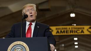 O presidente americano Donald Trump pronuncia um discurso em Ohio, em 29/03/2018.