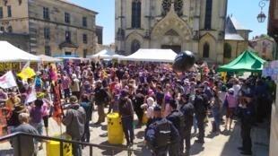 France - Bar-le-Duc - Manifestation - Audience - IMG_20210601_132510