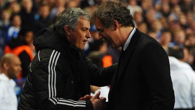 José Mourinho e Laurent Blanc em Stamford Bridge, em Abril de 2014