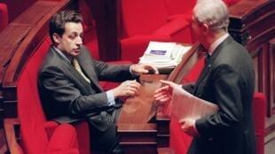 Nicolas Sarkozy et Edouard Balladur à l'Assemblée nationale à Paris en 1995.