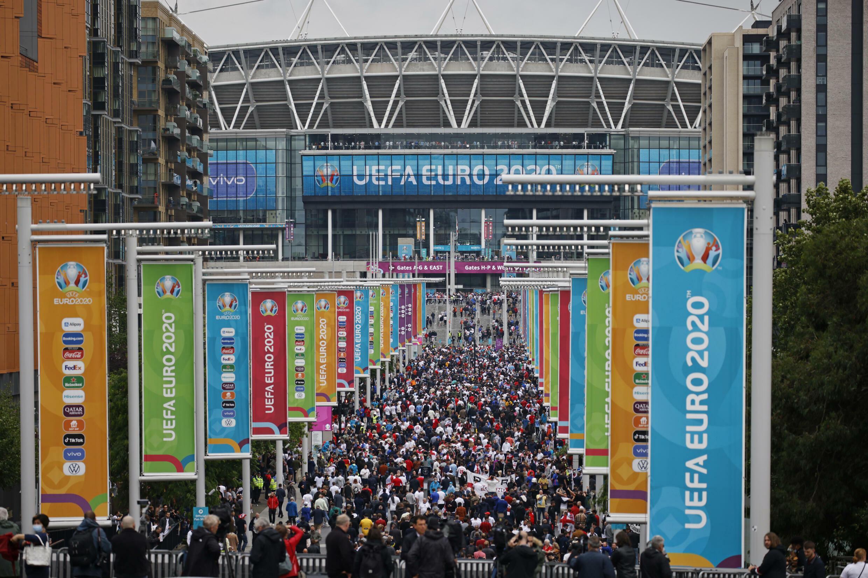Wembley accueillera 60.000 personnes pour chacun des trois derniers matches de l'Euro, plus que les 40.000 spectateurs ayant assisté au huitième de finale contre l'Allemagne, ici le 29 juin.