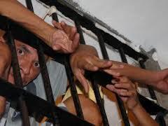 Mais de 60 detentos morreram no ano passado em prisões no Maranhão.