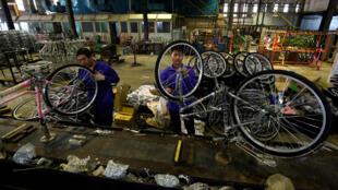 Một nhà máy sản xuất xe đạp ở Hà Nội. Ảnh chụp ngày 01/09/2019.