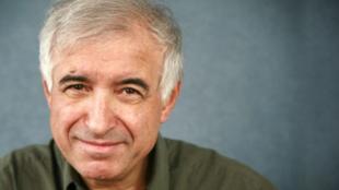 حسین آرین، کارشناس مسائل نظامی مقیم بریتانیا