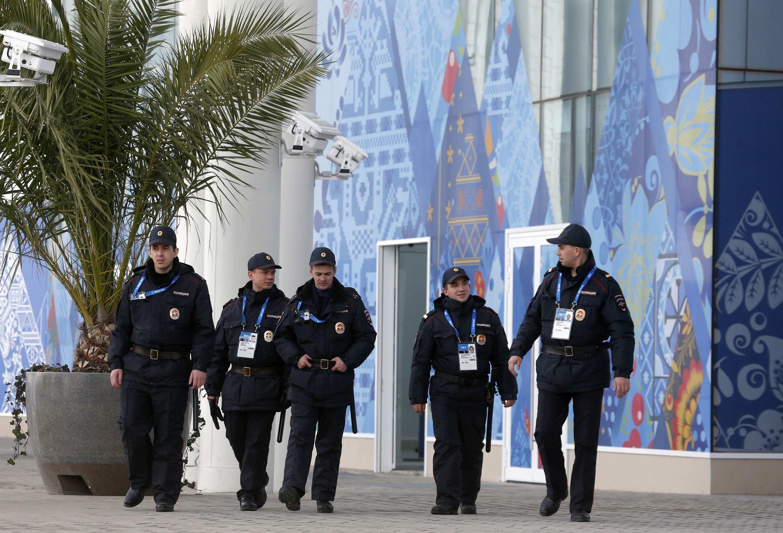 Усиленные полицейские патрули в Адлере