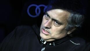 José Mourinho ya bata fuska bayan ya sha kashi hannun Barcelona ci 3-1.
