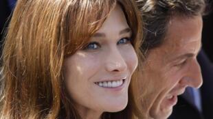 Nicolas Sarkozy et son épouse, Carla Bruni-Sarkozy, saisissent la justice pour atteinte à la vie privée.
