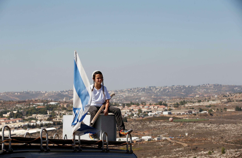 西约旦河中心的亚摩那以色列人屯垦区