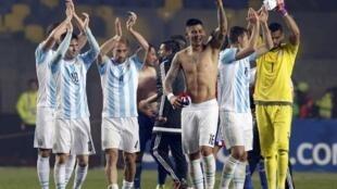 Argentina goleia Paraguai por 6 X1 e se classifica para final da Copa América contra o Chile, no próximo sábado, 4 de julho, às 17h.