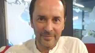 David marcos en los estudios de RFI