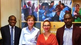 De gauche à droite : Arthur Zang, Pr Cheick Oumar Bagayoko, Béatrice Garrette, Pr Fodé Cissé et le Pr Ousmane Faye.