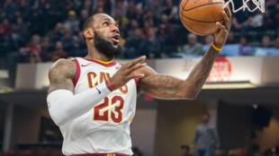 L'Américain Lebron James, ici le 12 janvier 2018, a franchi la barre des 30 000 points en NBA, le 23 janvier 2018 avec Cleveland.