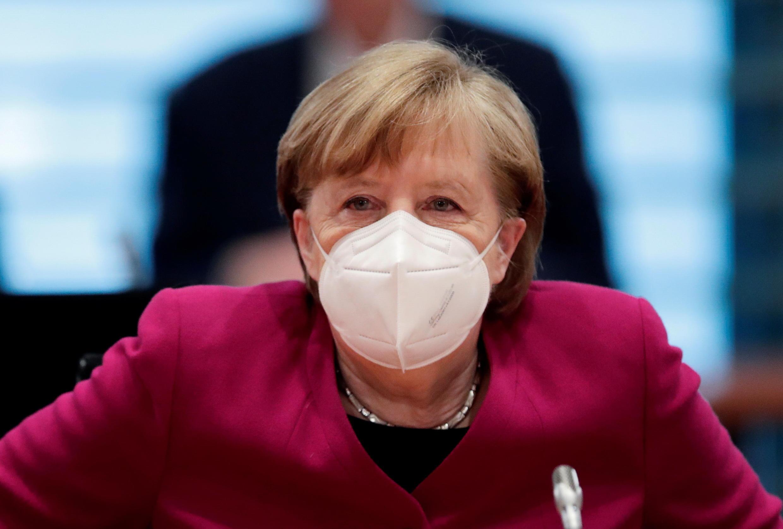 La canciller aleman Angela Merkel en una reunión semanal de su gabinete en Berlín, el 31 de marzo de 2021.