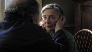 """""""Amor"""", de Michael Hanecke, é candidato a dez prêmios César do cinema francês."""