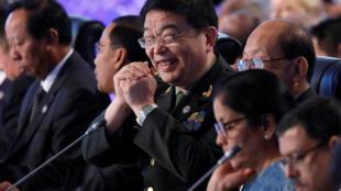Bộ Trưởng Quốc Phòng Trung Quốc Thường Vạn Toàn (g) tham dự Hội Nghị Quốc Phòng của khối ASEAN tại sân bay Clark (tỉnh Pampanga, ở phía bắc Manila, thủ đô Philippines) ngày 24/10/2017.