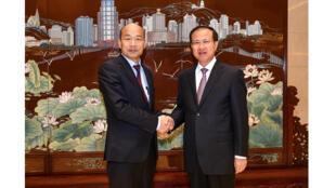 澳門中聯辦主任傅自應會見訪澳的高雄市長韓國瑜,2019年3月24日。