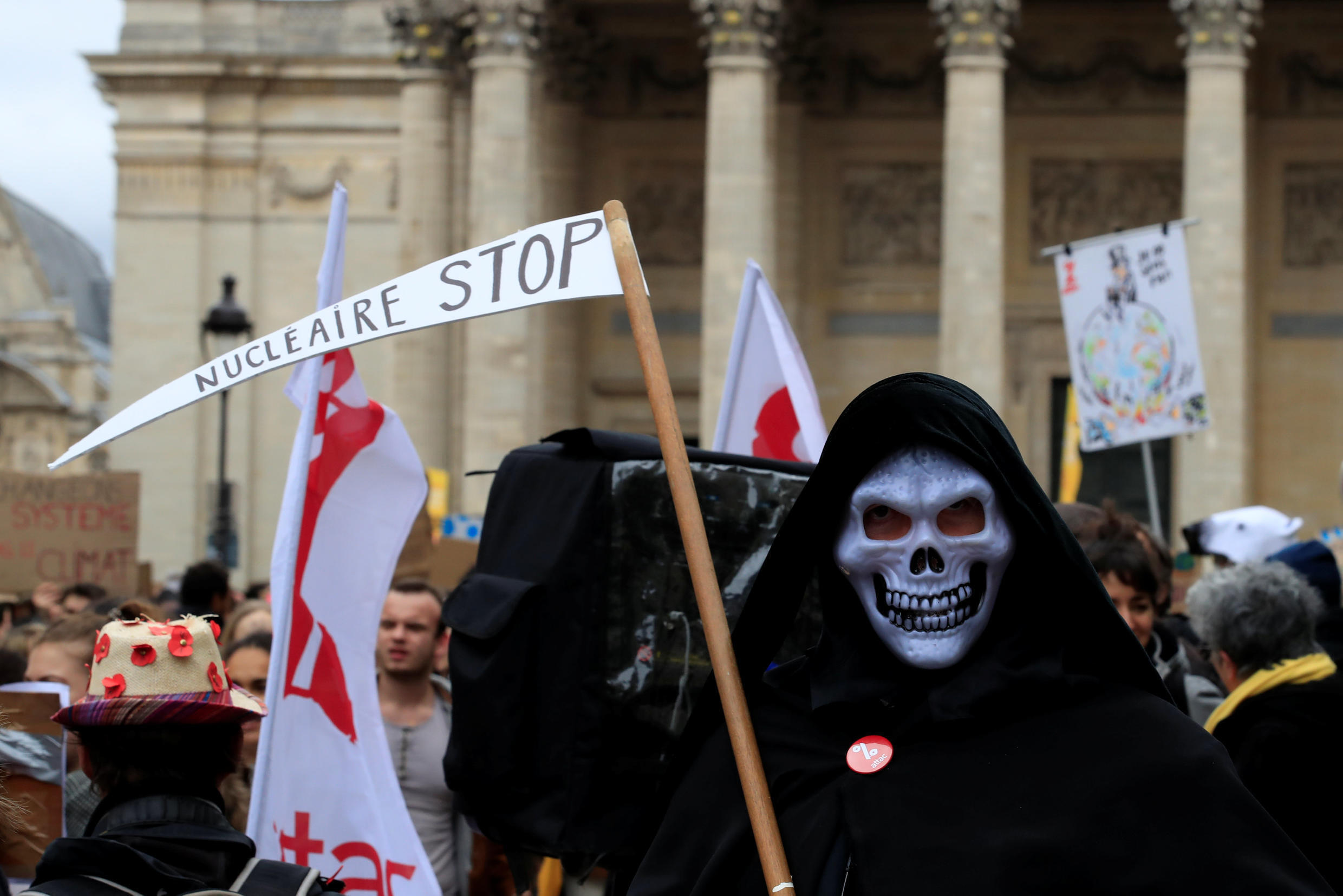The first youth climate demonstration in Paris, 15 March 2019