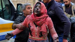 بیش از نیم میلیون کشته؛ بیش از ۱۲ میلیون آواره؛ چند میلیون زخمی و زندانی و ناپدید شده؛ کشوری سراسر سوخته و با خاک یکسان شده. این است ترازنامۀ ده سال جنگ داخلیِ سوریه.