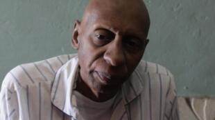Nhà báo Guillermo Farinas ( ảnh chụp tại nhà riêng ngày 5/3/2010 )