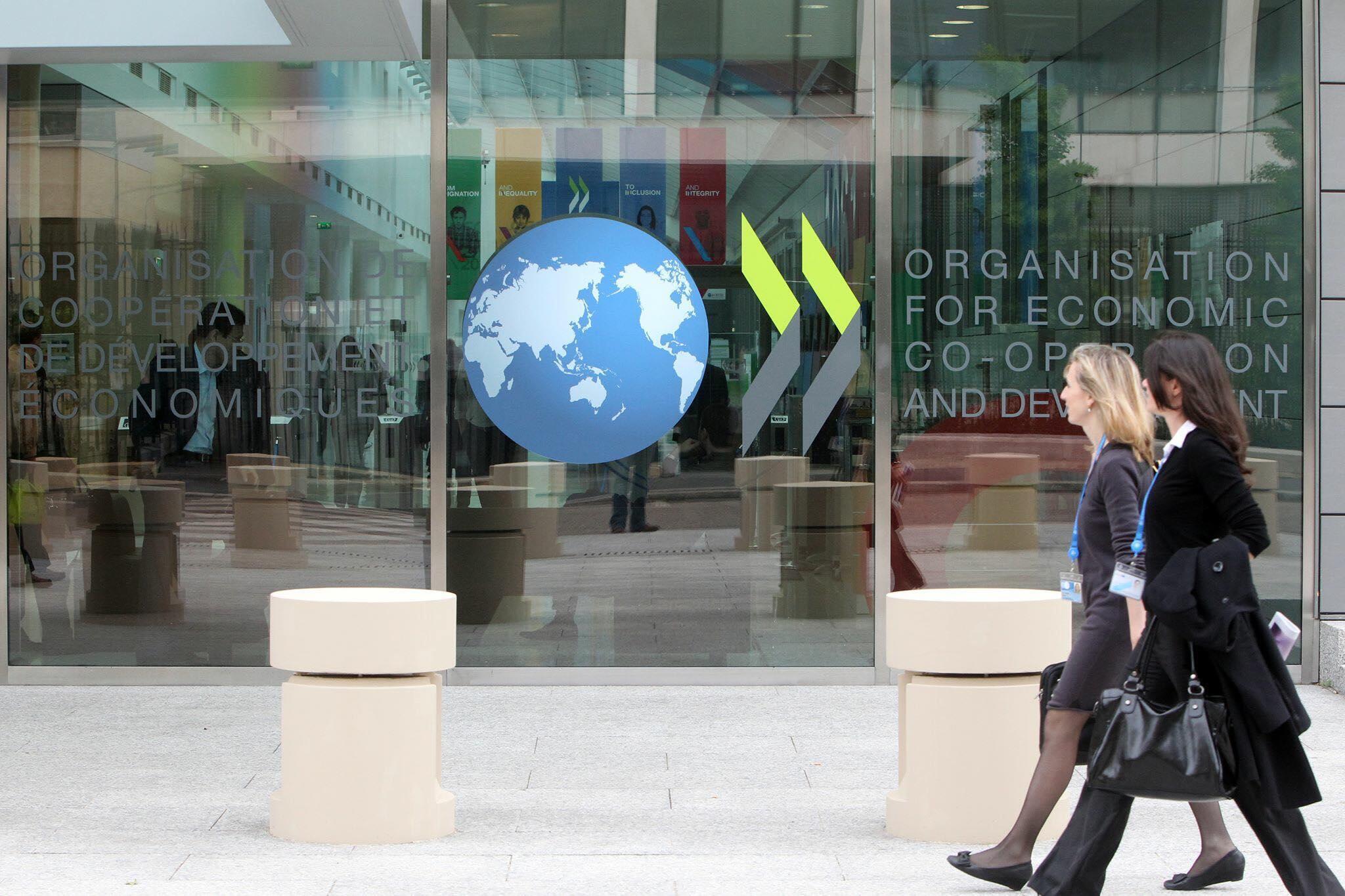 OCDE revê em alta as previsões do crescimento mundial