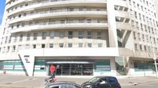 Здание студенческой администрации CROUS в Лионе, перед которым совершил самосожжение 22-летний французский студент