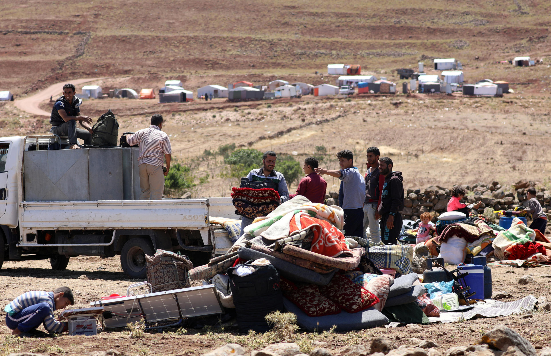 Người dân ở tỉnh Deraa, gần cao nguyên Golan, ngày 21/06/2018.