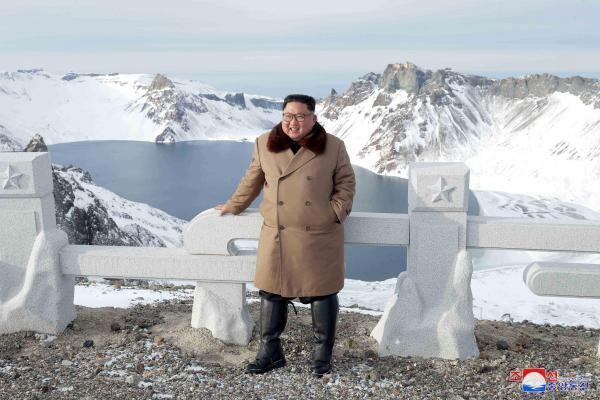 Что именно символизирует подъем Ким Чен Ына на гору в этот раз, информагентство не сообщило