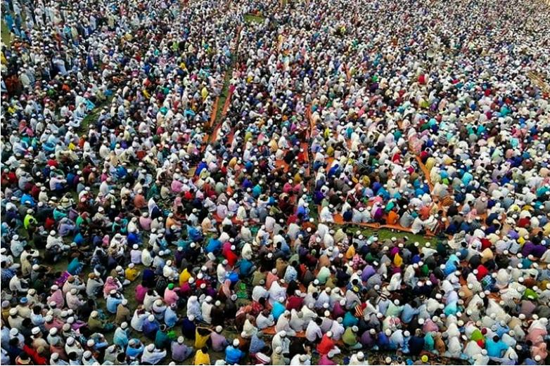 Sama da mutane dubu 100 ne suka halarci taron na Pakistan