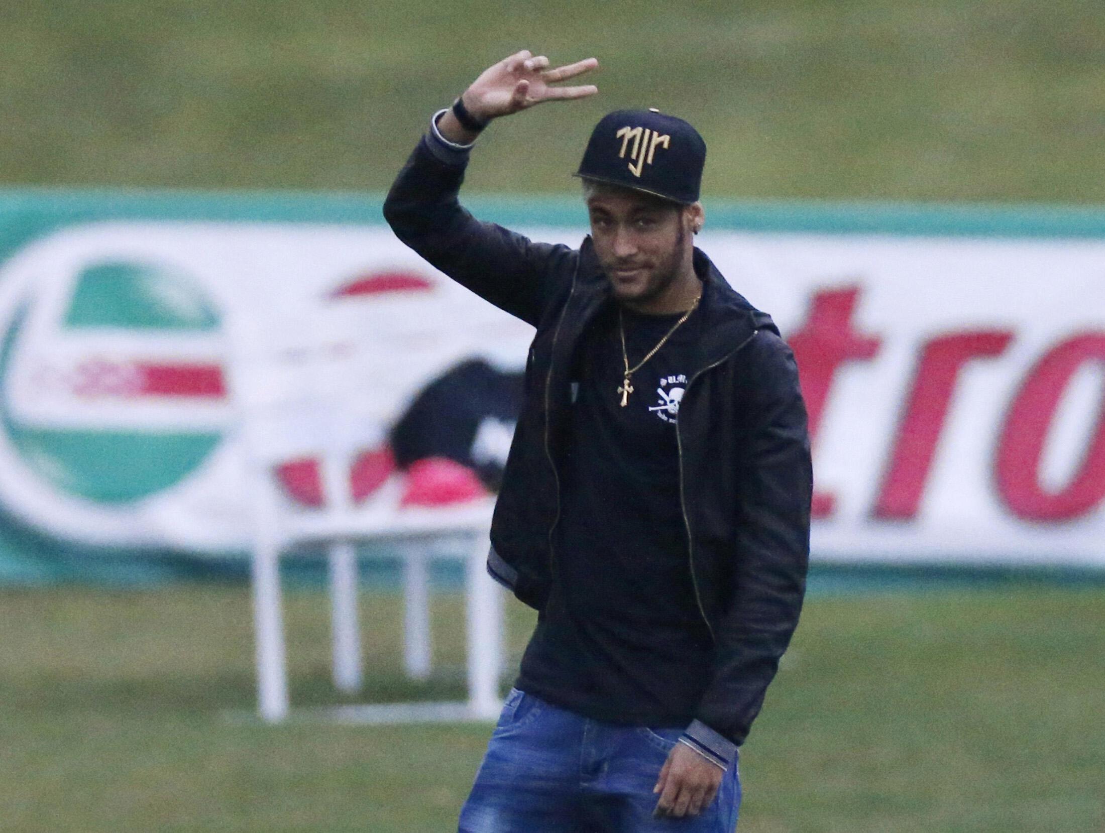 Neymar em sua volta à Granja Comary.