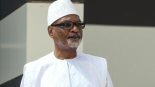 Le président déchu du Mali Ibrahim Boubacar Keïta (ici en juin 2020) est de retour à Bamako après des soins reçus aux Emirats arabes unis.