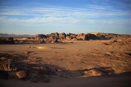 Le désert de Tamanrasset, au sud de l'Algérie, région frontalière avec le Niger et le Mali (photo d'illustration).
