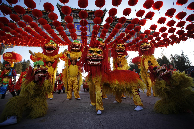Múa lân tại Bắc Kinh mừng Tết Giáp Ngọ, ngày 30/01/2014 - REUTERS /Kim Kyung-Hoon