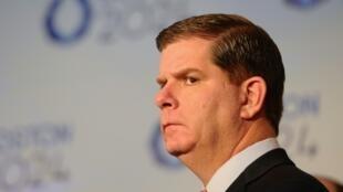 Le maire de Boston Martin J. Walsh lors d'une conférence de presse, annonçant la candidature de la ville aux JO-2014, le 9 janvier 2015 à Boston