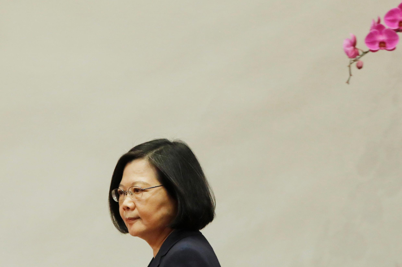 Bầu cử địa phương và trưng cầu dân ý tại Đài Loan, ngày 24/11/2018, bài trắc nghiệm về tín nhiệm đối với đảng của tổng thống Thái Anh Văn.